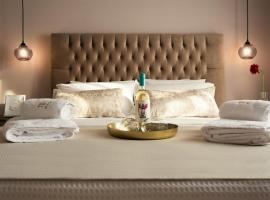 Plaza 1866 Superior City Rooms, hotell i Chania stad
