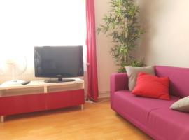 Appartement Aéroport (late arrival and early departure possible), hotel in Saint-Louis