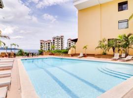 Sunset Heights 302, hotel in Playa Flamingo