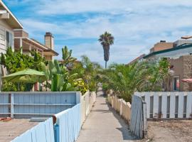 Rosewitha's Beach Hideaway, villa in San Diego