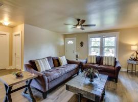 Schatzle Haus, vacation rental in Fredericksburg