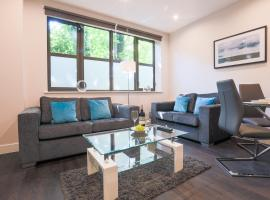Watford Apartments Century House, Self Contained Units, hotel near Watersmeet, Watford