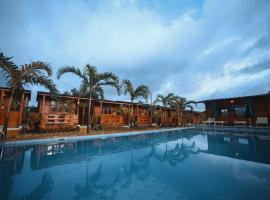 GRAND VATIKA RESORT, hotel with pools in Arambol