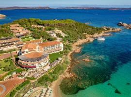 Club Hotel Baja Sardinia, hotel in Baja Sardinia