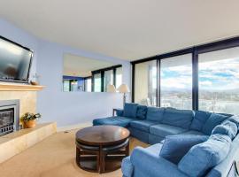 Sand & Sea: Blue Haven (412), vacation rental in Seaside