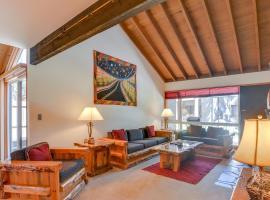 Meadow House 11 | Discover Sunriver, villa in Sunriver