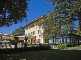 Hotel Villa Verdefiore, hotel ad Appignano