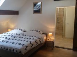 King of Gold Stables appartement met stalling voor 5 paarden, budget hotel in Zutendaal