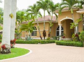 Yuli's Home, homestay in Miami