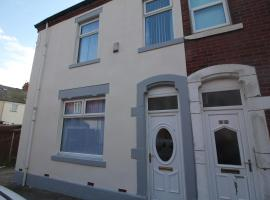 Henthorne Choice - Newly Refurbished - Large Property - Close to Town Centre, hotel in Blackpool