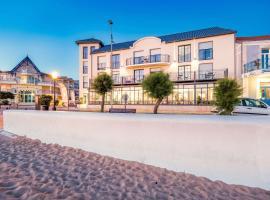 Les Flots - Hôtel et Restaurant face à l'océan - Châtelaillon-Plage, hôtel à Châtelaillon-Plage près de: Parc des expositions de La Rochelle