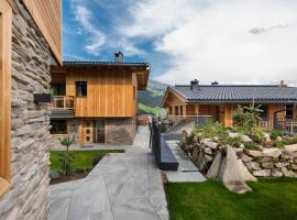 Chalet´s Alpenjuwel, cabin in Tux