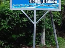 Hostal El Balsamo, hostel in El Sunzal