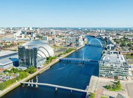 Modern Place,City centre,FreeParking,Wifi, hotel with jacuzzis in Glasgow
