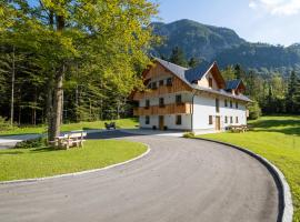Bohinj Apartments Goldhorn Kingdom, hotel blizu znamenitosti Nihalka Vogel, Bohinj