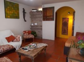 Casa amplia en Godoy Cruz, hotel near Bodega Monteviejo, Godoy Cruz