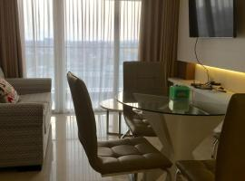 3 bedrooms in luxurious apartment in central city, apartemen di Bandung