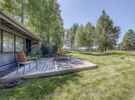 Meadow House 65, hotel in Sunriver