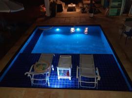 Pousada Recanto da Vévé, hotel with pools in Flecheiras