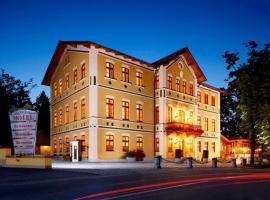 Hotel & Restaurant Waldschloss, Hotel in Passau
