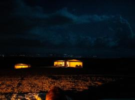 Emeraude Luxury Camp, luxury tent in Agafay