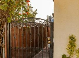 Charming Tiny Home with a private hot tub, vacation rental in San Diego