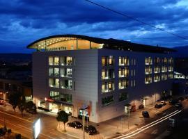 Ramada by Wyndham Podgorica, hôtel à Podgorica