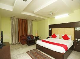 OYO 23661 Hotel Swagat Palace, hotel in Bhiwadi