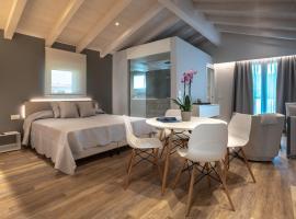 Viola Relais, hotel in Desenzano del Garda