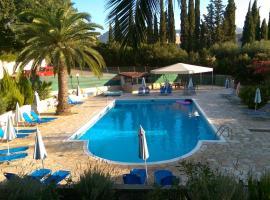 Tina Hotel, hotel near Agios Stefanos Beach, Dassia