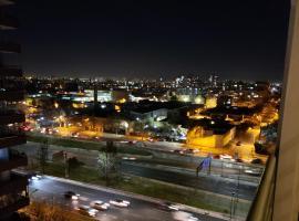 Guadalupe Cars&Apartaments Central, hotel near Santa Laura Stadium, Santiago