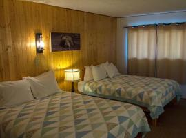 High Country Motel and Cabins, Hotel in Cooke City