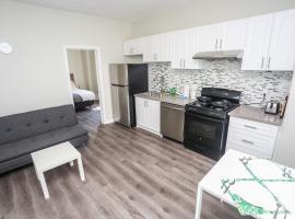 Cozy Apartments In Kitchener, hotel in Kitchener
