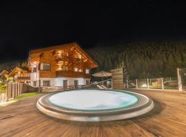 Hotel Comploj, hotel in Selva di Val Gardena