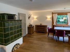 Traumhaftes Ferienhaus direkt am Tegernsee, holiday home in Rottach-Egern