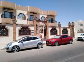TheCastle Hotel, отель в Дахабе