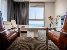 Beach Luxury Apartments and Suites, hotel in Tel Aviv
