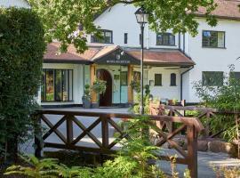 Macdonald Craxton Wood Hotel & Spa, hotel near Flint Castle, Ledsham