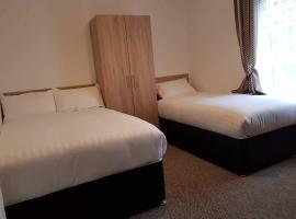 Comfort room with free minibar tea&coffee, homestay in Dublin