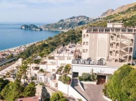 Hotel Olimpo le Terrazze, hotell i Letojanni