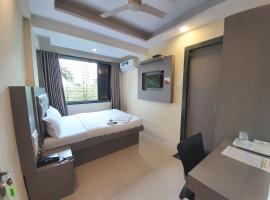 Hotel Royal Comfort, hotel in Mumbai