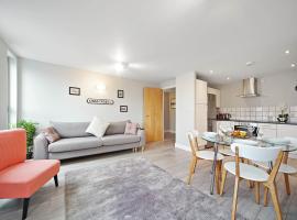 2 Bed Cozy Apartment near Regents Park FREE WIFI, hotel in London