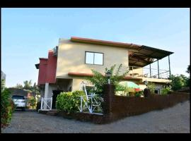 EVERGREEN HOLIDAY Mahabaleshwar, family hotel in Mahabaleshwar