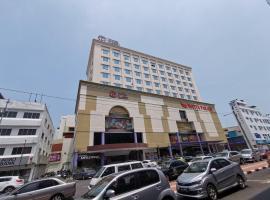 Classic Hotel, hotel in Muar