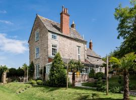 Magnificent Clarence cottage!, hotel in Swanage