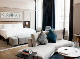 The Trafalgar St. James, London Curio collection by Hilton, hotel in London