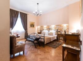 Unique Luxury Rooms, hotel near Croatian Maritime Museum, Split