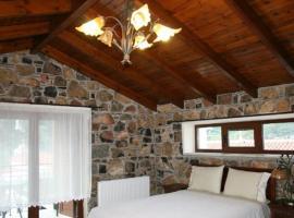 Νακαράκη, ξενοδοχείο κοντά σε Παραλία Χιλιαδού, Στενή Δίρφυος