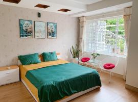 VanCao Green Homestay, hotel near Cat Bi International Airport - HPH,