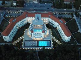 Toscana Charme Resort, hotel in Tirrenia